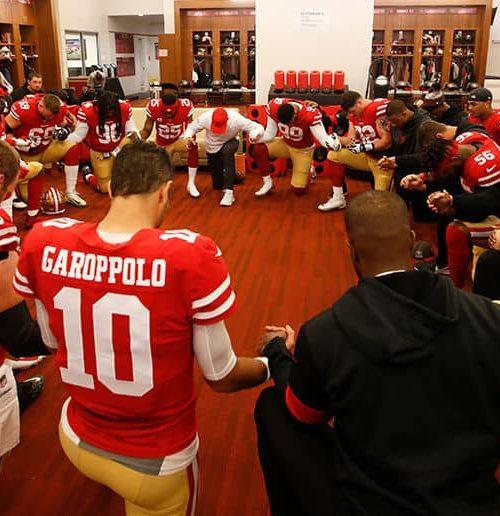 Chiefs Prayer in Locker Room