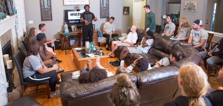 Jumpstart Intern leading a Bible study